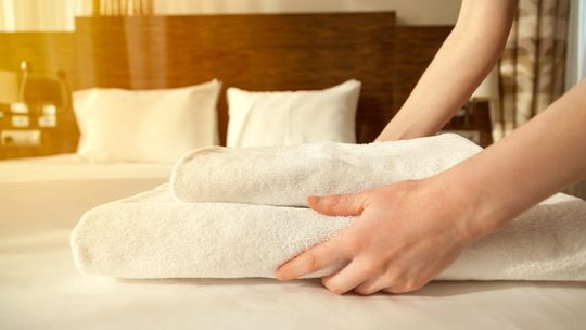 clean hotel linens